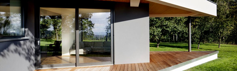 avis baie vitr e nos conseils pour s 39 y retrouver. Black Bedroom Furniture Sets. Home Design Ideas