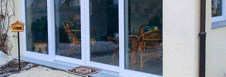 La baie vitrée PVC est un choix possible pour vos travaux de rénovation