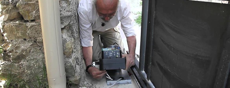 Câblage du moteur d'un portail électrique coulissant
