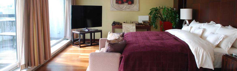 chambre avec baie vitr e des id es d 39 am nagement d co. Black Bedroom Furniture Sets. Home Design Ideas