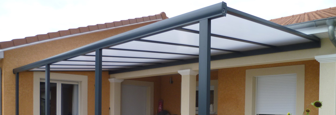 pergola aluminium avec toit polycarbonate prot gez votre. Black Bedroom Furniture Sets. Home Design Ideas