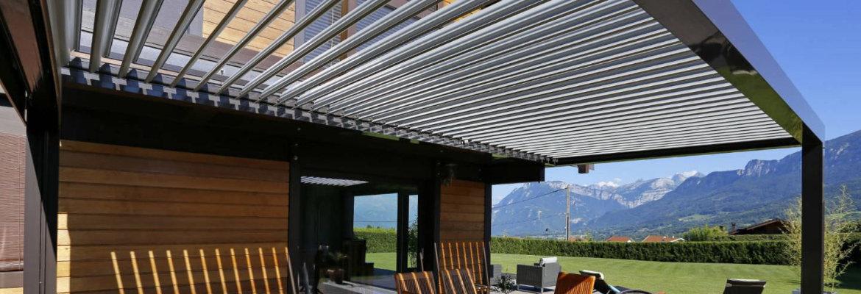 Pergola en métal pour le jardin, pergola lames orientables bioclimatique