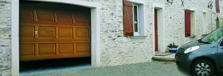 Porte sectionnelle à cassette couleur imitation bois