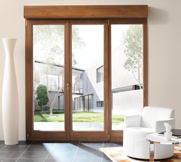 Fenêtre PVC plaxée imitation bois avec vlet roulant intégré
