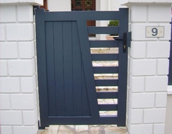 Portail en aluminium sur mesure portail ext rieur for Portillon bois exterieur