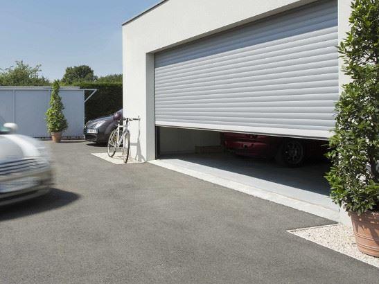 Vous pouvez motoriséee votre porte de garage pour une ouverture simplifiée