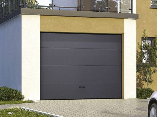 Porte sectionnelle porte de garage sectionnelle motoris e orion menuiseries for Porte de garage sectionnelle pas cher
